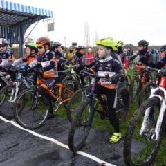 Vidéo des pupilles du Cyclo-cross CRAPA de Montceau-Les-Mines