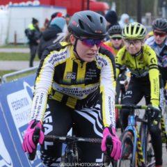 Le championnat de France de cyclo-cross Junior féminine de Flamenville d'Océane Gauthey