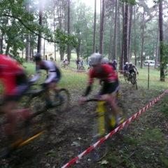 Conditions atmosphériques dantesques au 1er cyclo cross de la Lande aux Loisirs